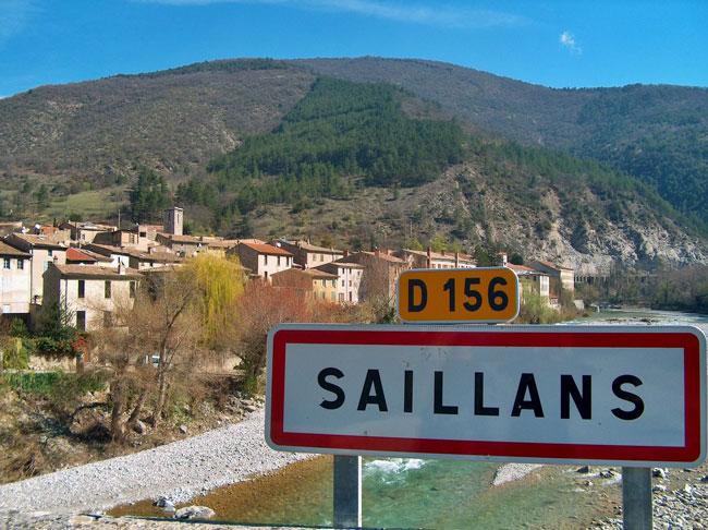 Panneau_Saillans